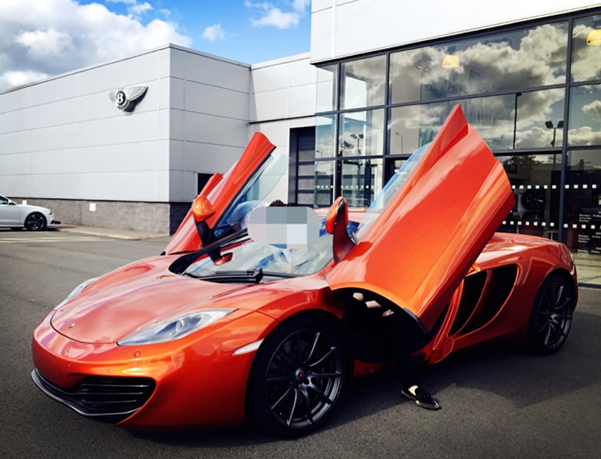 The 2nd Supercar - McLaren 12c